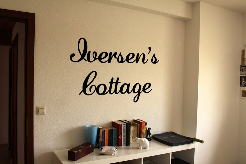 Family Name Cottage Wall Decal