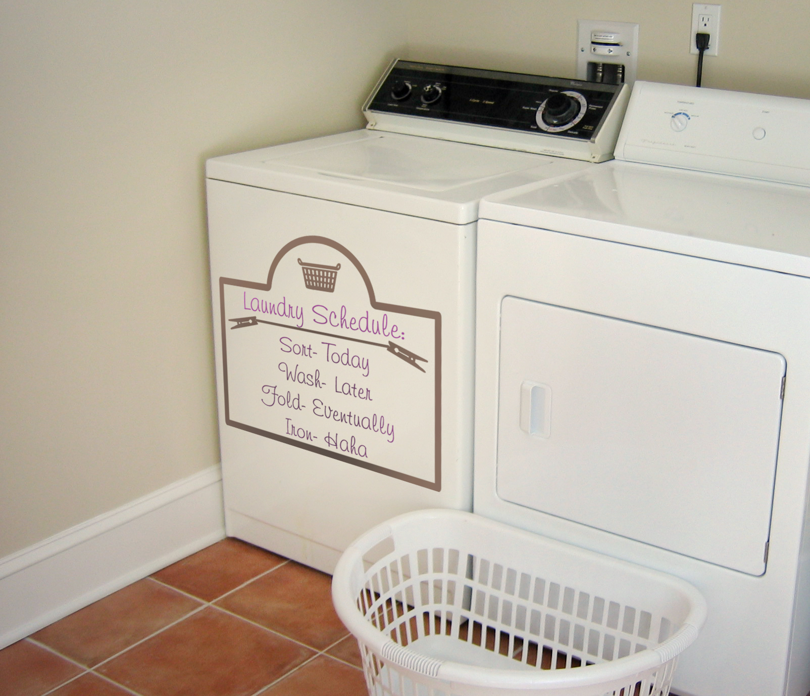 Laundry Schedule Decal
