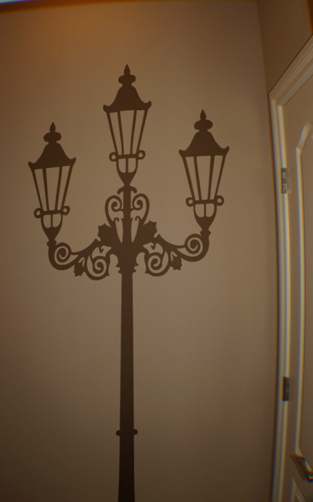 Large Victorian Lamp Post Wall Decal