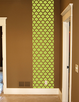 Quatrefoil Wall Runner Decal